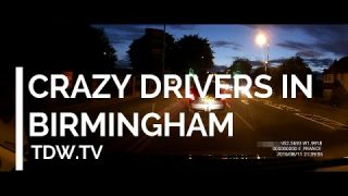 Crazy Drivers in Birmingham – forcing into oncoming  traffic and running red light!